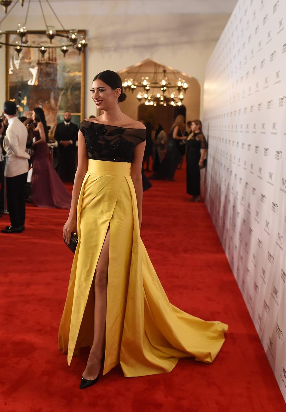 292133d3fd959 فساتين رائعة ارتدتها النجمات في حفل جوائز IWC صوتي للأجمل - Savoir Flair Al  Arabiya